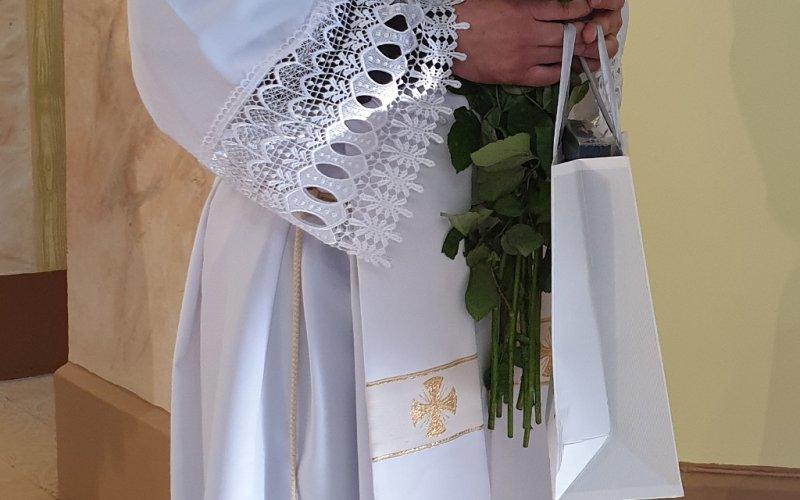 Sirsnīgi sveicam mūsu draudzes prāvestu priesteri Bernardu Vagali 9. priestera ordinācijas gadadienā!