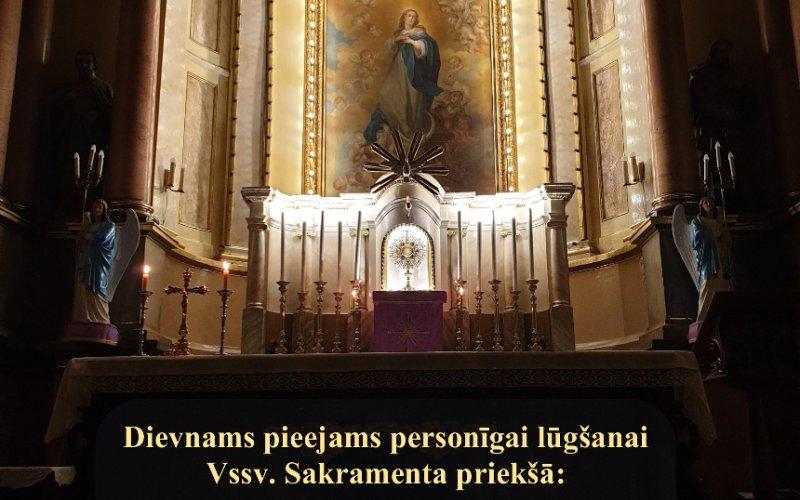Dievnams pieejams personīgai lūgšanai