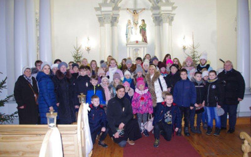 Dievmātes draudzes svētdienas skolas svētceļojums